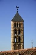 La torre de la iglesia de San Esteban loada por Dionisio Ridruejo
