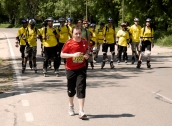 Último atleta a su paso por el Km 30, Maratón de Madrid, 2011.