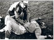 Edwin Moses tras sufrir su primera derrota en años, Estadio Vallehermoso, 4 de junio de 1987. Campeón olímpico en 400 m vallas en Montreal (1976) y Los Ángeles (1984), y del mundo, Helsinki (1983) y Roma (1987). Eso no le salvó del racismo de la policía de su país, que le trató como un delincuente por el hecho de ser negro.