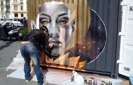 Grafitero en Alonso Martínez