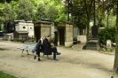 Whatsaap au cimetiere du Pêre Lachaise, à Paris