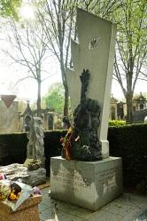 Monumento a los héroes españoles republicanos que liberaron París. Cimetiere du Père Lachaise.