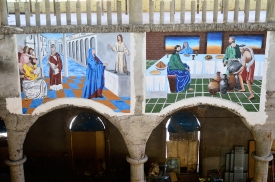 Frescos en un lateral de la nave central de la catedral de Justo Gallego, en Mejorada del Campo.