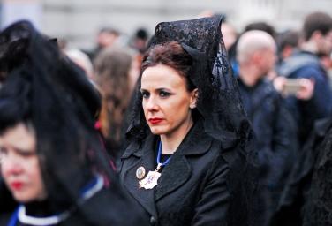 Doña Magdalena en la procesión de los alabarderos. Plaza de Oriente, Madrid, 30 de marzo de 2018.