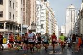 El Maratón de 2018 a su paso por la Gran Vía.