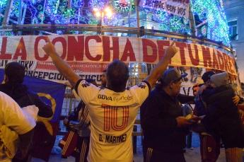 Seguidores del River Plate en la Puerta del Sol de Madrid, el sábado 8 de diciembre.
