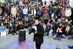 Juan Carlos Monedero dirige una clase en la Puerta del Sol, noviembre de 2012.
