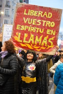 Un espíritu en llamas liberado (Domingo, 8 de marzo de 2020. Gran Vía, Madrid)