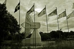Antena de la estación de seguimiento de satélites de la Agencia Espacial Europea, ubicada muy próxima al río Guadarrama
