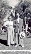 María y Ángel en Los Cócos, Córdoba, Argentina, en el verano austral de 1953