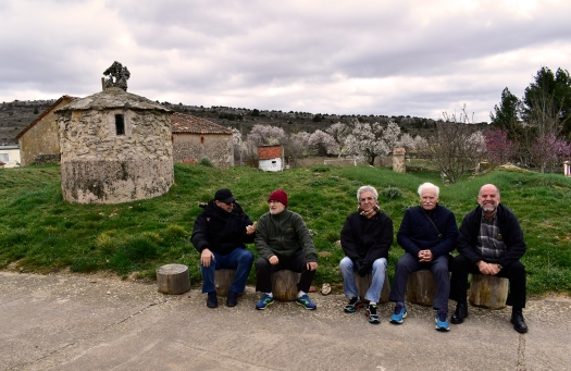Fredo, Emilianino, el Canario, don Pascualino y Simonetto en un lugar indeterminado de Sicilia, en una foto distribuida por la CIA recientemente.